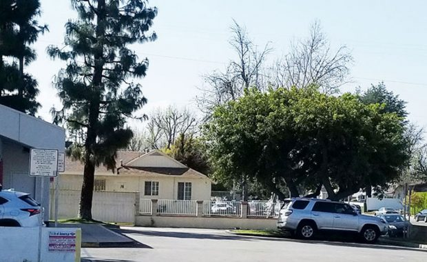 17650-Saticoy-St-Lake-Balboa-CA-2560x600